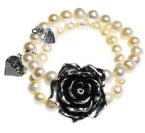 productimage-picture-pearl-rose-cuff-12201_jpg_320x800_q85[1]